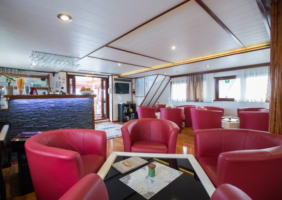 MS Adriatic Pearl - Lounge