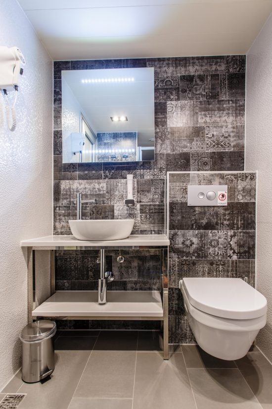 MS Ban Bathroom